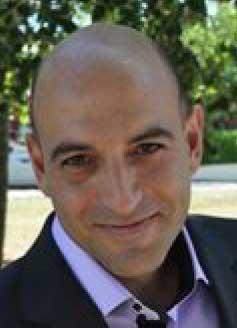 Cette image représente le portrait de Stéphane Giodano SGO Informatique